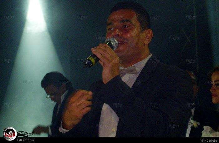 صور النجم عمرو دياب فى حفل زفاف الفنان محمد حماقى ونهلة الحجرى 2011 / 12 / 7 37915910150602376269782.jpg